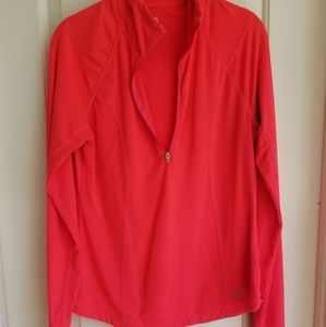 Old Navy activewear long-sleeved top